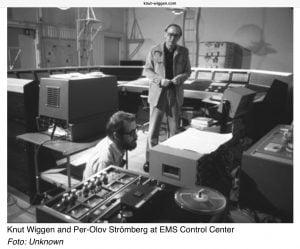 Knut Wiggen med Per-Olov Strömberg på EMS, Elektronmusikstudion i Stockholm